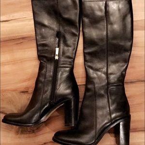 Vince Camuto Louise et Cie Navaria Leather size 7